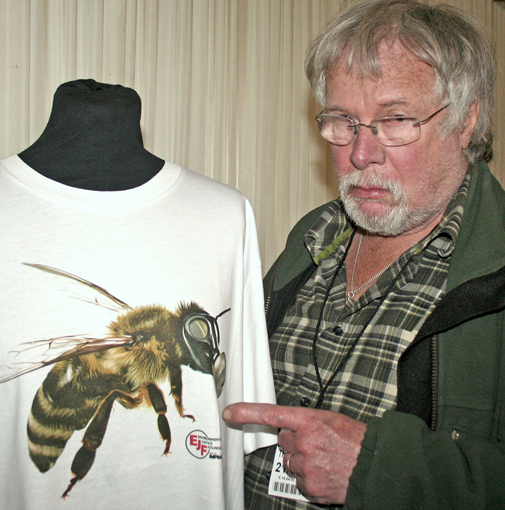 Bill Oddie and bee